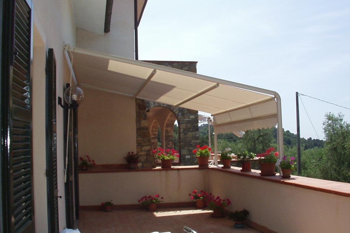 tenda mod. attico strutura avorio